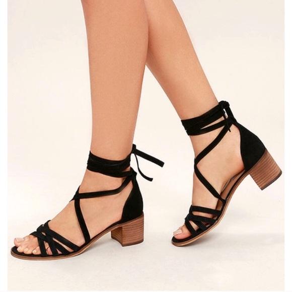 d3c35f46924a Steve Madden Black Revere Lace up Sandal Heels. M 5b6b6c6cbf772976f1809459